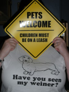 Pets welcome, children must be on a leash.