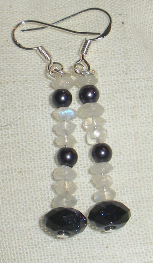 Antique, Vintage, and Semi-precious Handmade Jewelry by Kelly - FOR SALE (1/6)